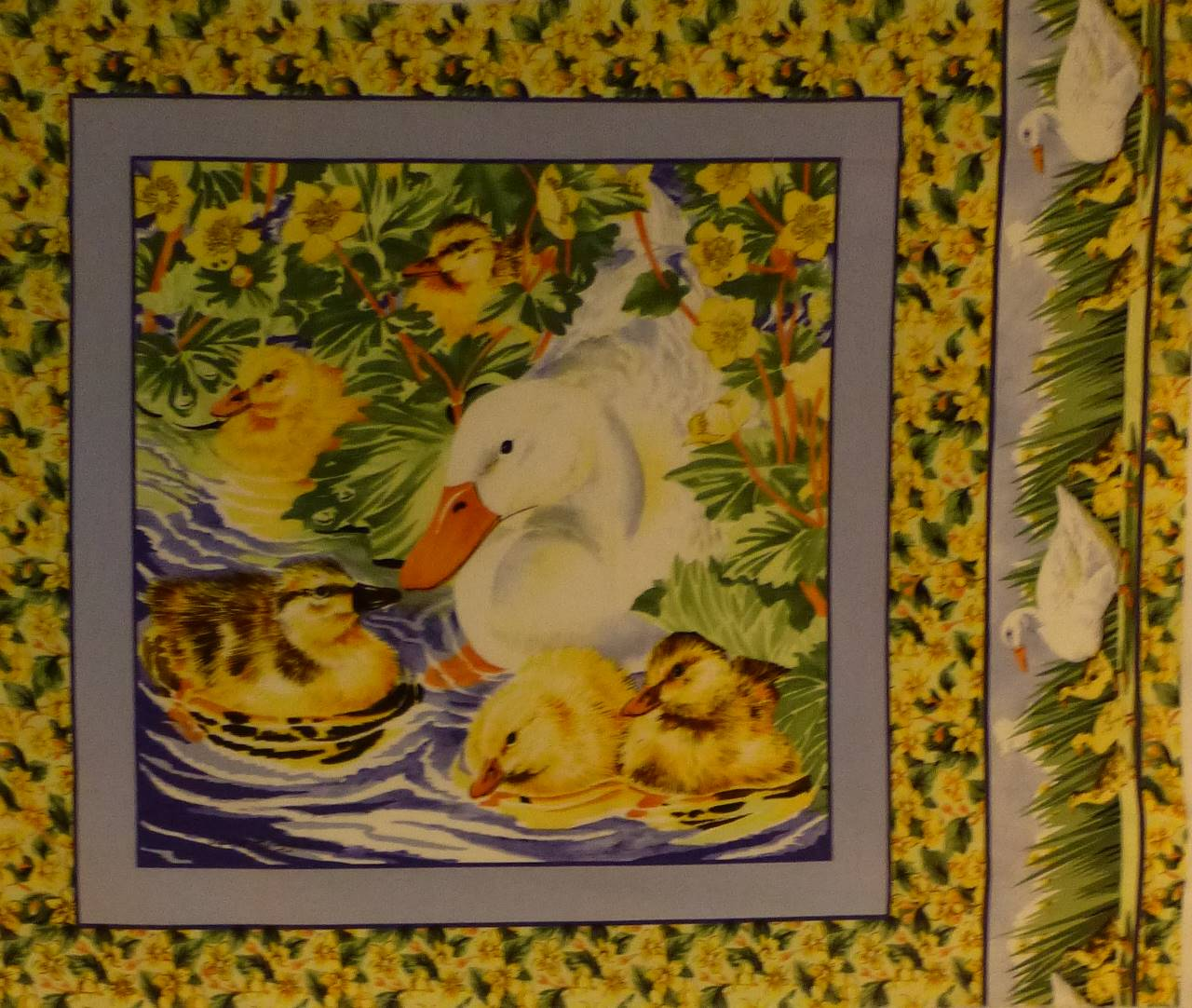 0792-panneau-tissu-canard-poussin
