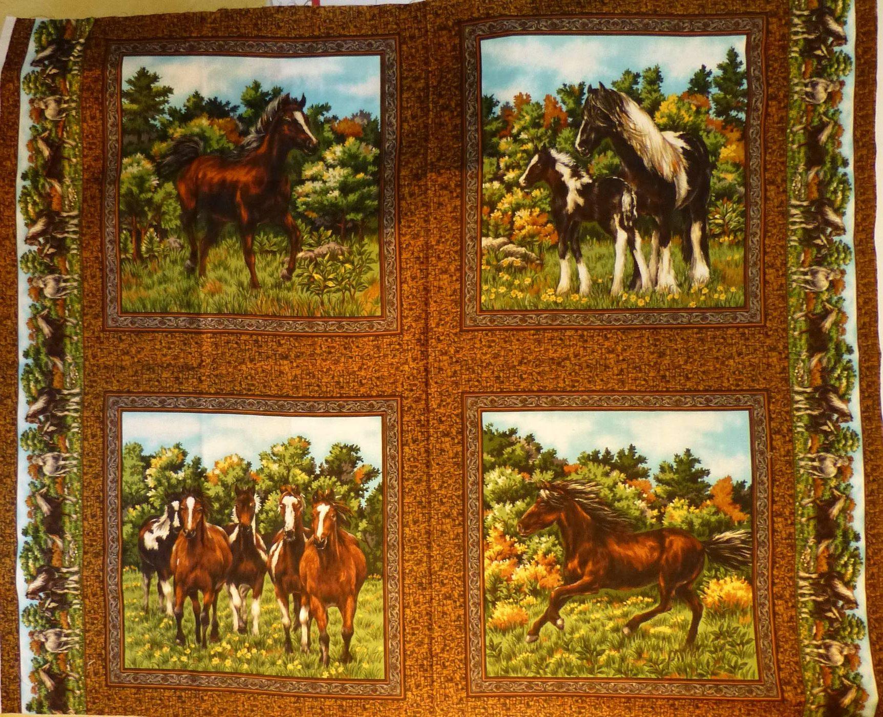 0900-tissu-carre-chevaux
