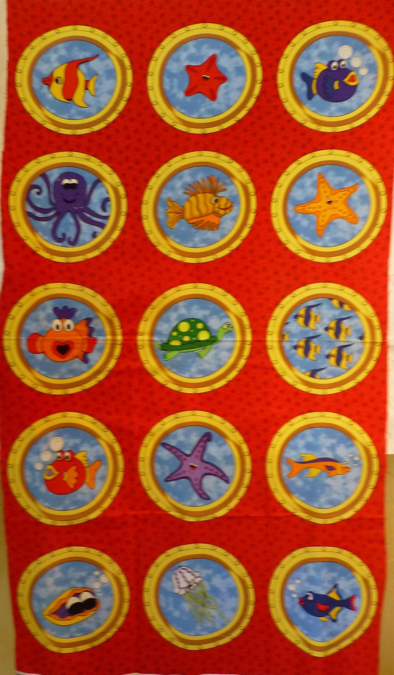 0908-panneau-tissu-enfant-poisson